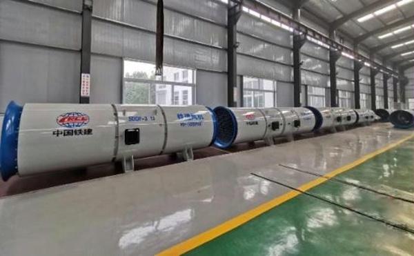 中国铁建研发生产隧道轴流风机出口中东市场图片