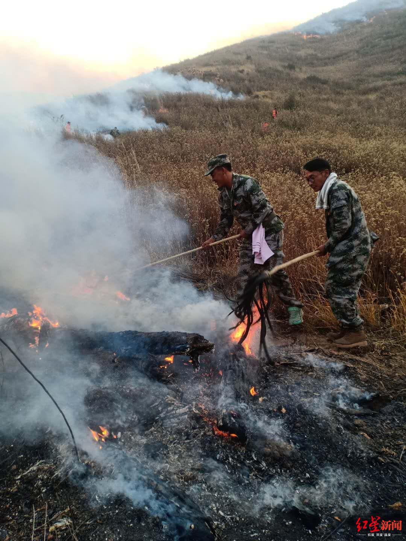 西昌森林火灾未发生复燃 牺牲勇士追悼会4日上午举行图片