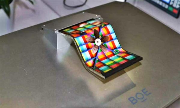 京东方开发4K 27寸HDR显示器:2048区mini LED背光 10bit面板