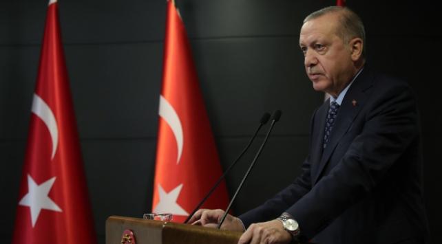 土耳其总统:封锁31个省 人群密集场所必须戴口罩