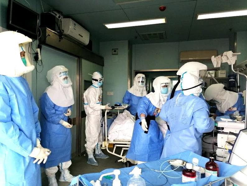 武汉首例!江苏医疗队完成新冠肺炎重症患者食管支架置入术