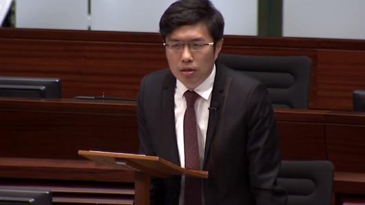 香港反对派前立法会议员两项袭警罪成立 月底将判刑图片