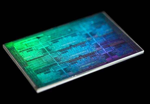 发布才2年半!Intel 14nm八代酷睿U系列全部退役