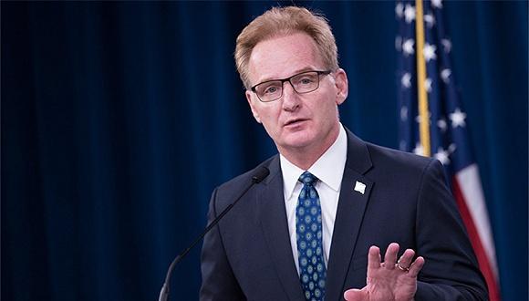 4月7日,美代理海军部长莫德利(Thomas Modly)辞职,来源:美国海军
