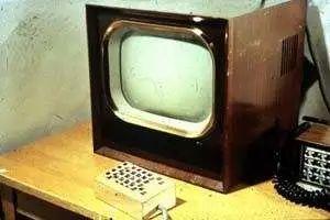 冷战时期的网课系统,居然催生出了世上第一块触屏