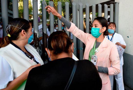 △墨西哥医护人员的医疗防护条件简陋