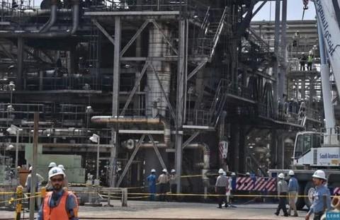 仅一个月,美国5油企倒下,新加坡油王资不抵债,中石油称已到生死关头