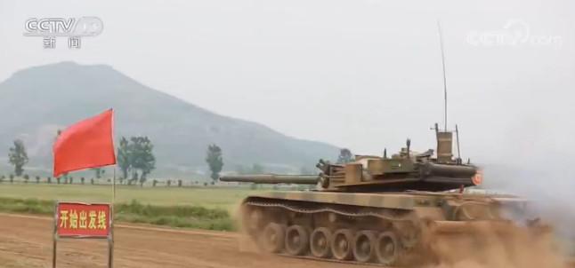 陆军:跨昼夜实弹射击 检验部队实战能力图片