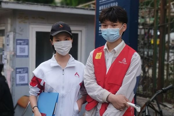 港媒:中国志愿者抗疫爱心从武汉传到全球图片