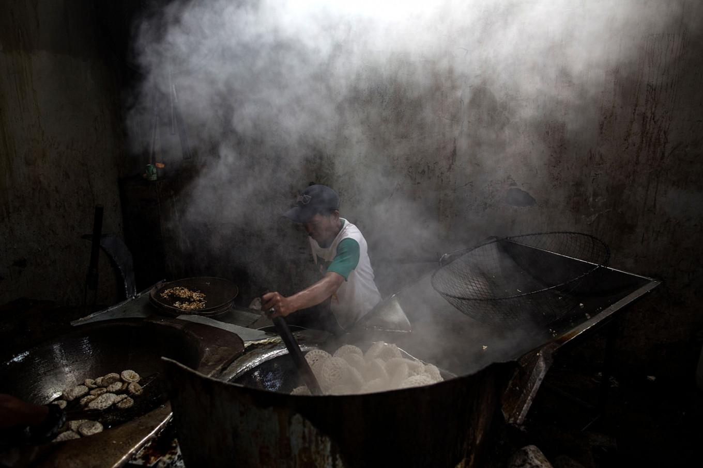 印尼中小企业陷入困境 财政部将提供22亿美元紧急援助资金图片