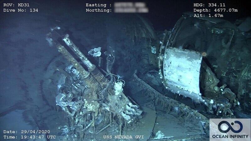 """沉入海底的""""内华达""""号战列舰"""