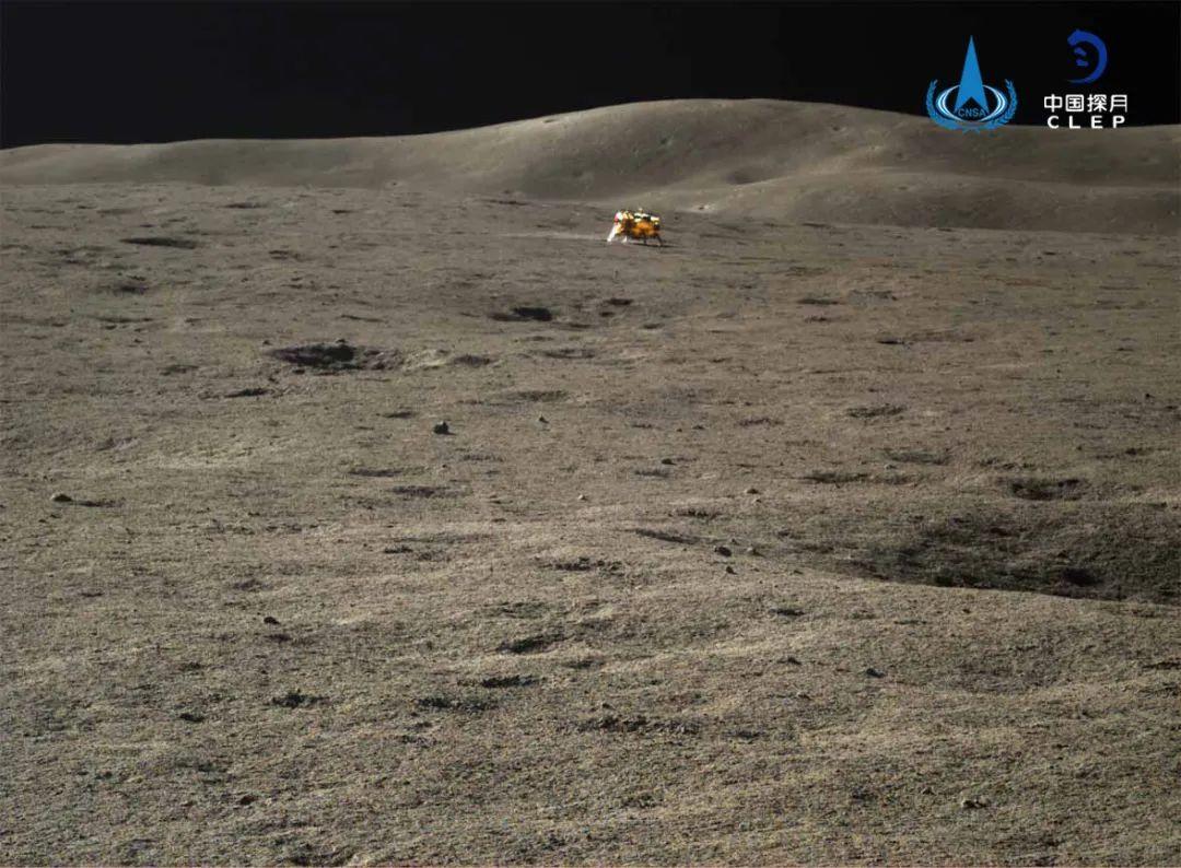 摩鑫登陆:器与玉兔二号月球车自主摩鑫登陆图片