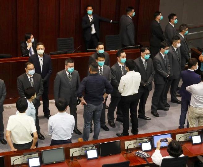 图为香港立法会内务委员会集会现场
