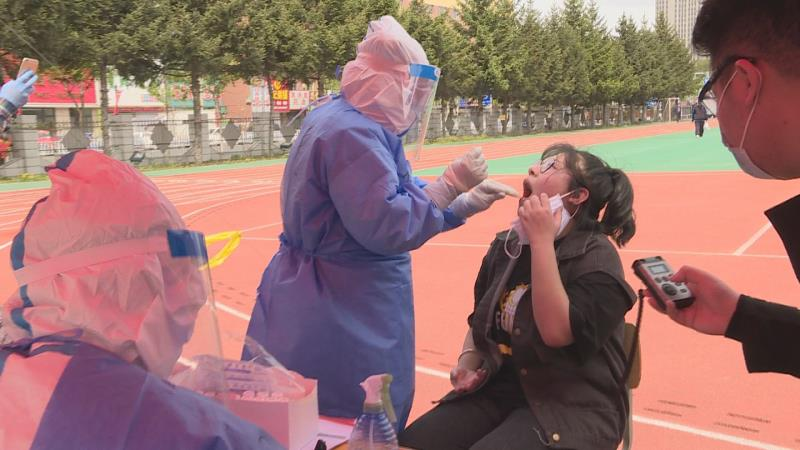 摩鑫,日起吉林舒兰高三学生全面接受摩鑫核酸检测图片