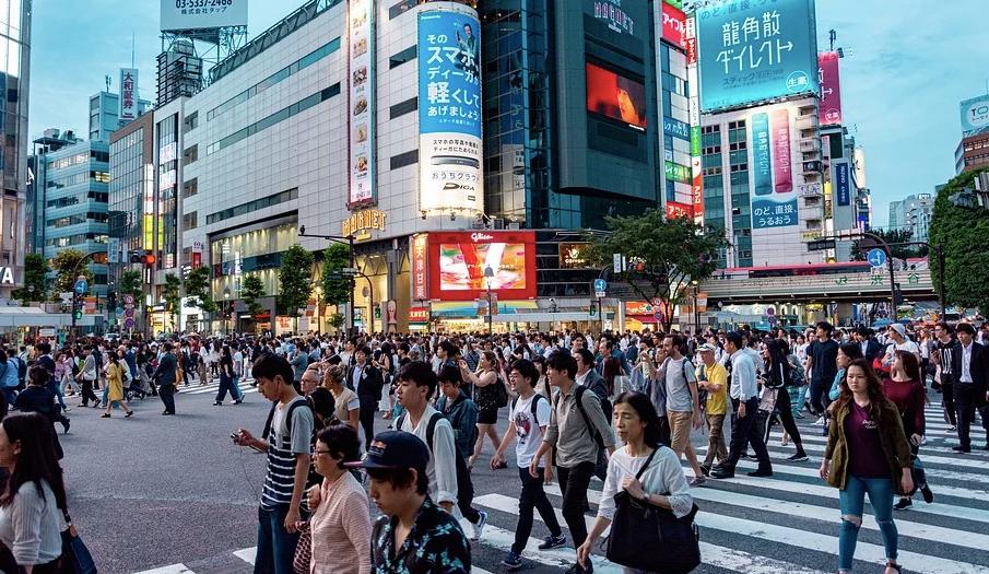 日本服装巨头Renown申请破产保护经济衰退波及大企业 母公司系山东如意集团
