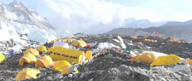 【天富】珠峰天富高程测量5月为每年珠峰登顶窗口期图片