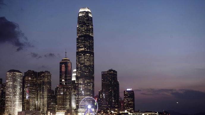 摩天测速洗白鸦摩天测速片战争香港国图片