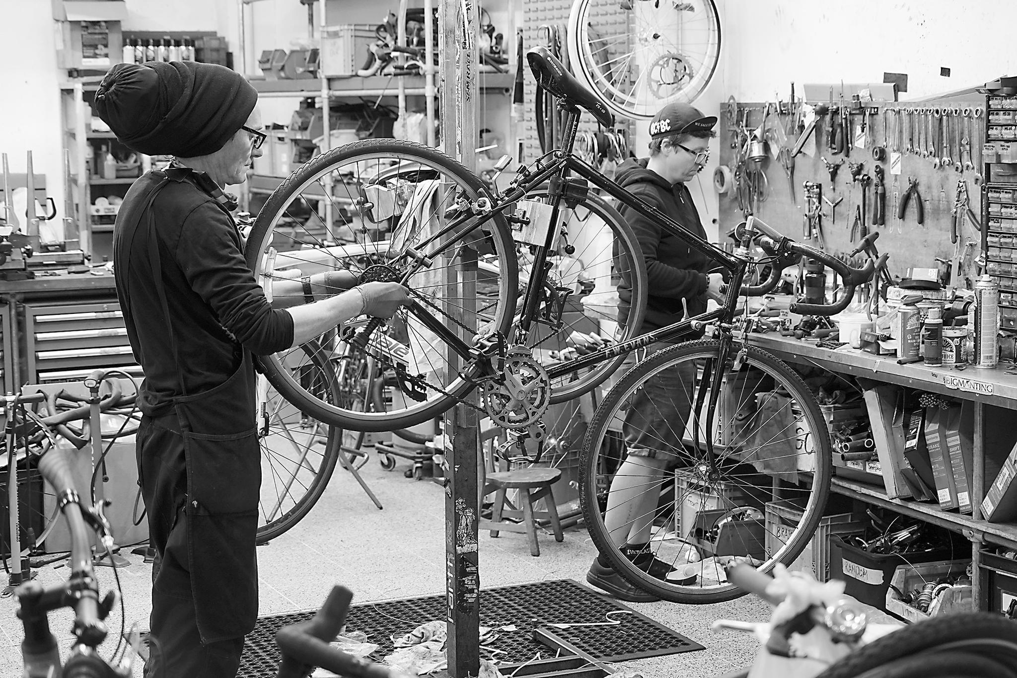 """""""解封""""后,自行车在欧洲需求上升图片"""