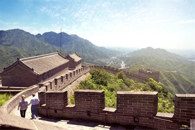 天富官网奋进的中国将增天富官网进世界信心与希望图片