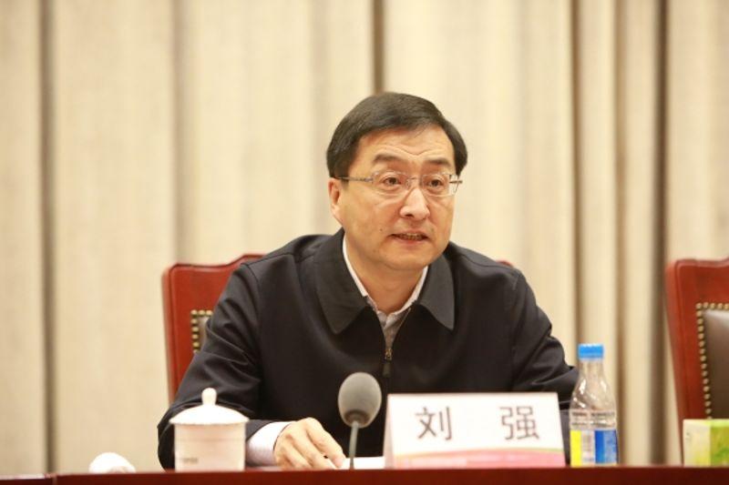 「天富代理」他天富代理成山东最年轻省委常委图片