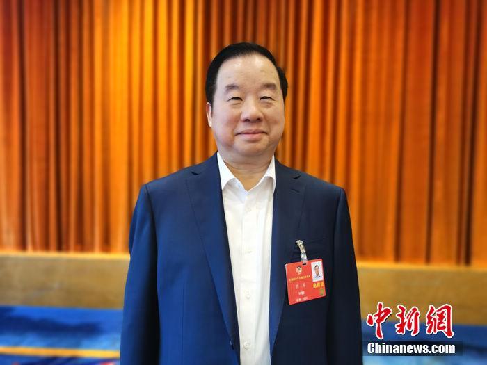 两会|新华联集团傅军:建议重点发展氢燃料电池汽车