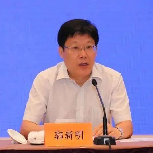 """""""连线""""代表委员:郭新明王玉玲白鹤祥图片"""