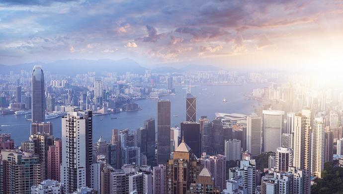 """香港政务司原司长唐英年委员:以""""揽炒""""要挟政府市民的行为,绝不能姑息纵容图片"""