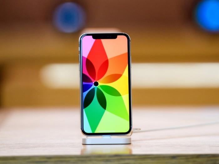 消息称iPhone 12系列OLED屏订单被三星、LG瓜分 京东方出局