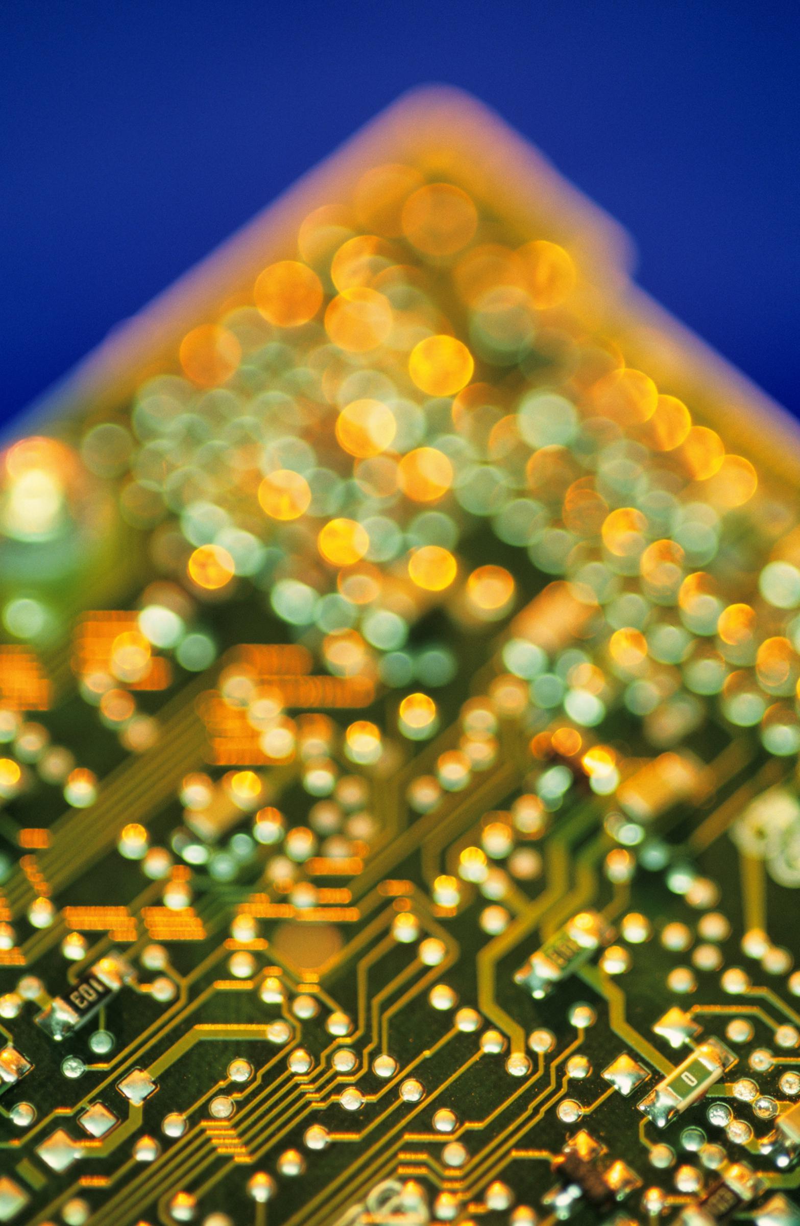 杜邦电子与ICS推出新的金属化产品:用于高密度互连应用的印刷电路板