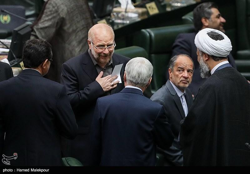 前德黑兰市长卡利巴夫当选伊朗新一届议长