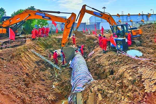 新气管道与川气东送管道实现连通图片