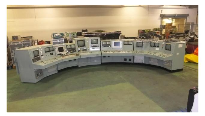 退役的核反应堆控制面板在网上被拍卖