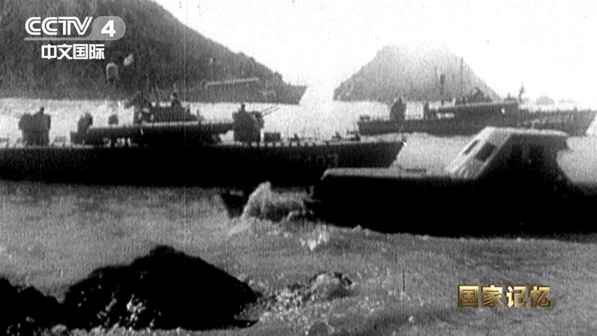 停靠在海湾里的东海舰队鱼雷快艇大队