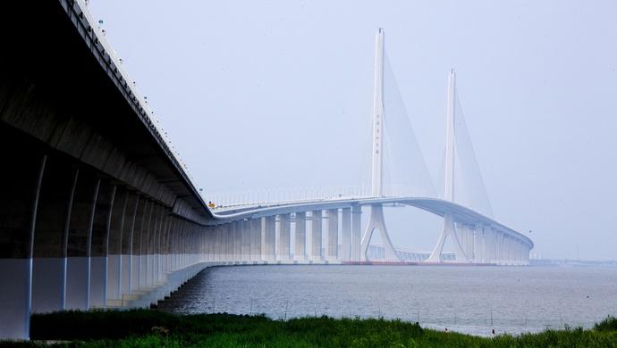 「杏鑫」已经来了G40上海长江杏鑫大桥段堵成深图片