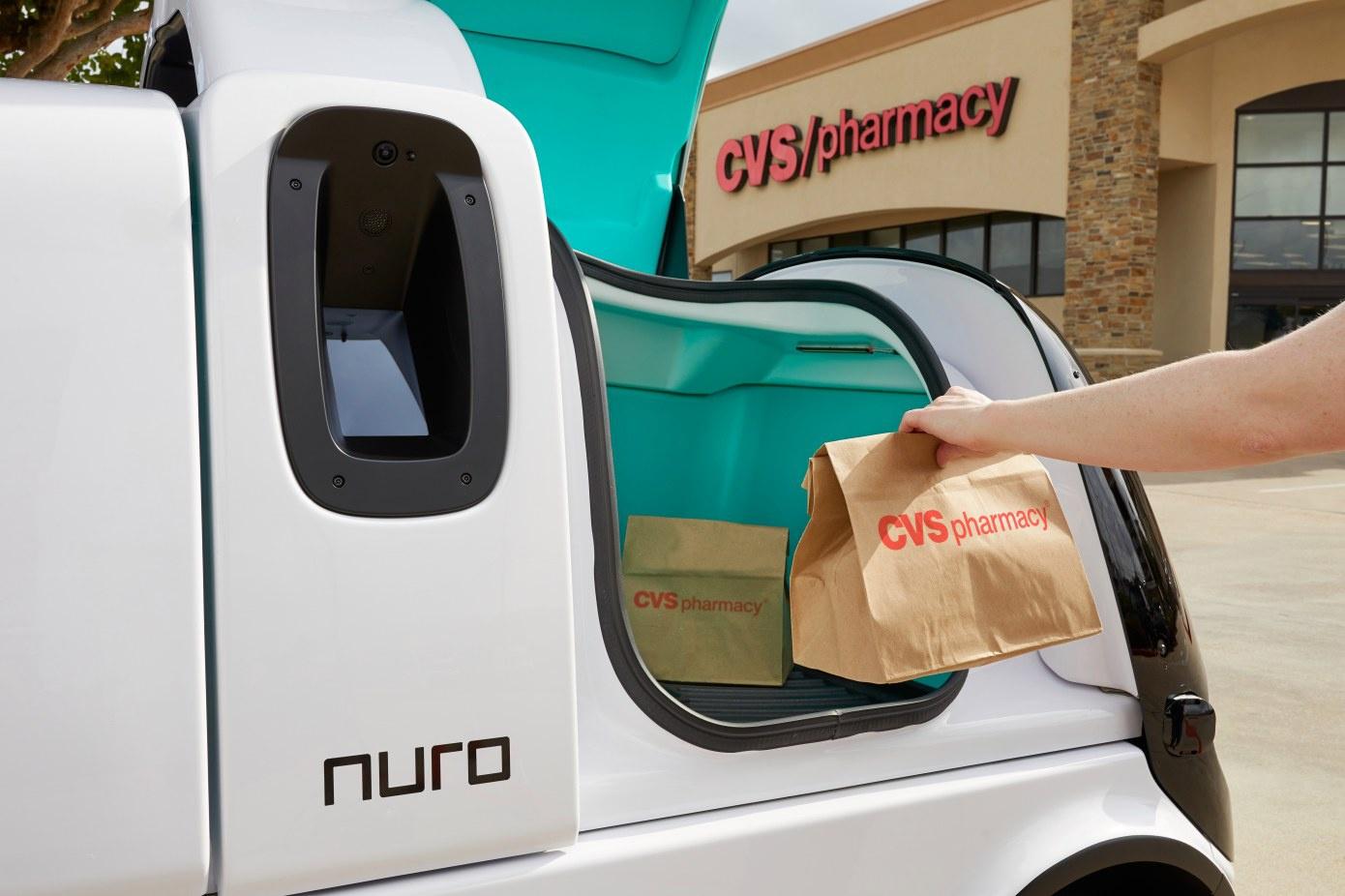 软银投资的美国自动驾驶公司Nuro开始上门送药,此前曾与沃尔玛等大型超市合作