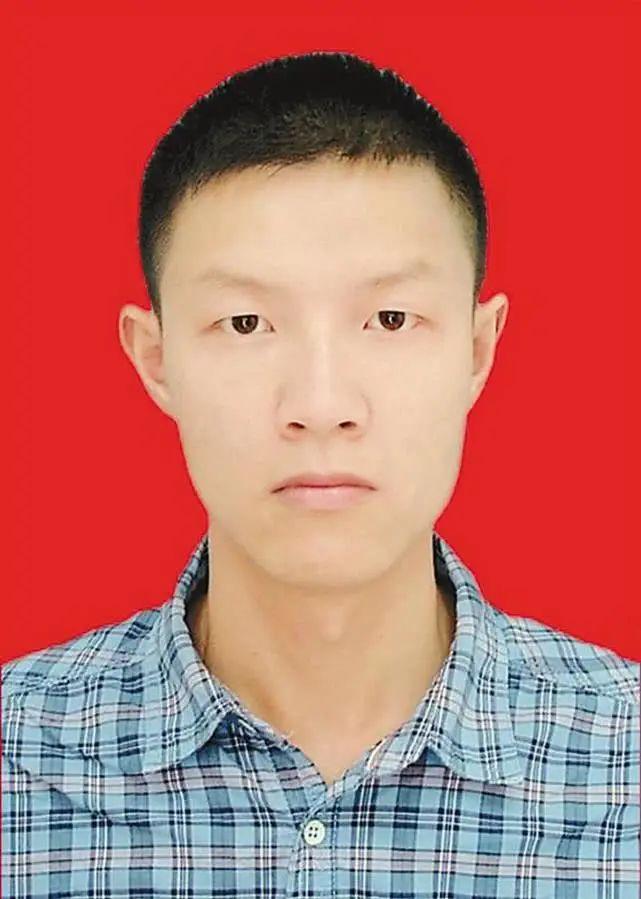 摩天娱乐:友宋启飞益西卓玛荣获十摩天娱乐六届西藏图片