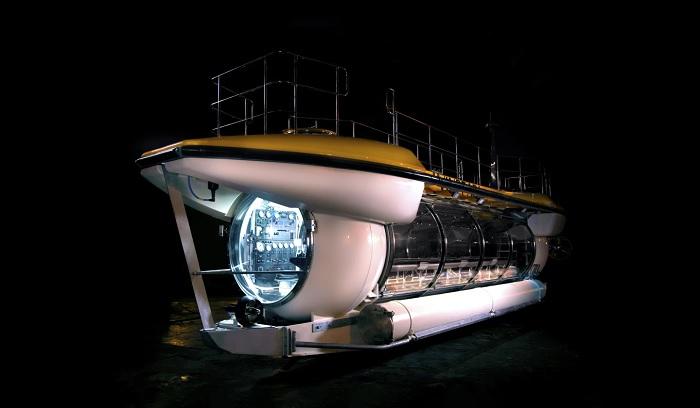 Triton展示DeepView观光潜艇 可载数十名游客在水下100米航行