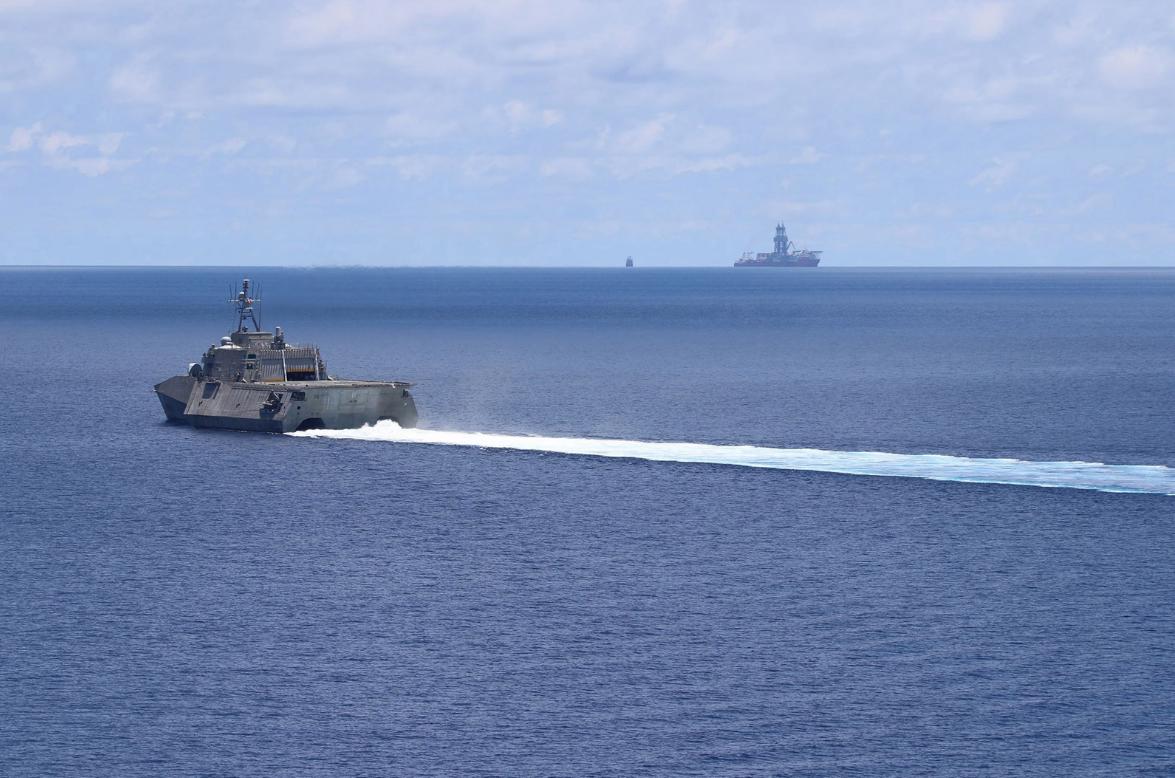 时隔近一个月美舰又来南海 这次还做出非同寻常举动图片