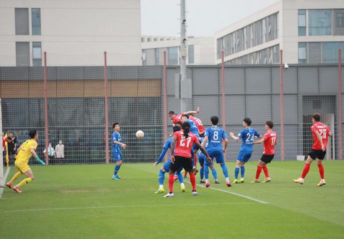 热身:巴西奇冯伯元谢志伟破门,江苏苏宁2-1泰州远大