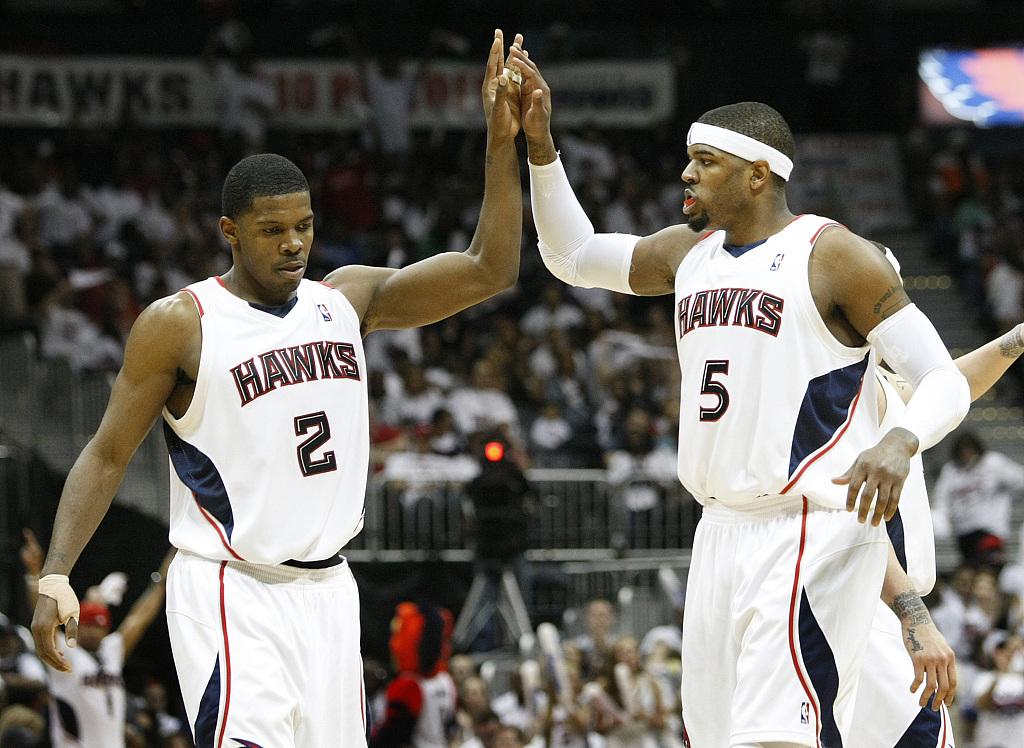 【NBA老照片】两大鹰王:乔-约翰逊&约什-史密斯