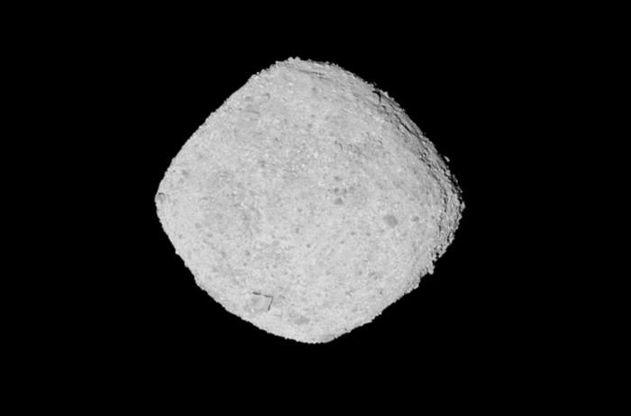 美国宇航局称太阳光导致小行星贝努表面出现裂缝