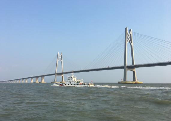 「摩天代理」桥桥摩天代理梁航道于13日1图片