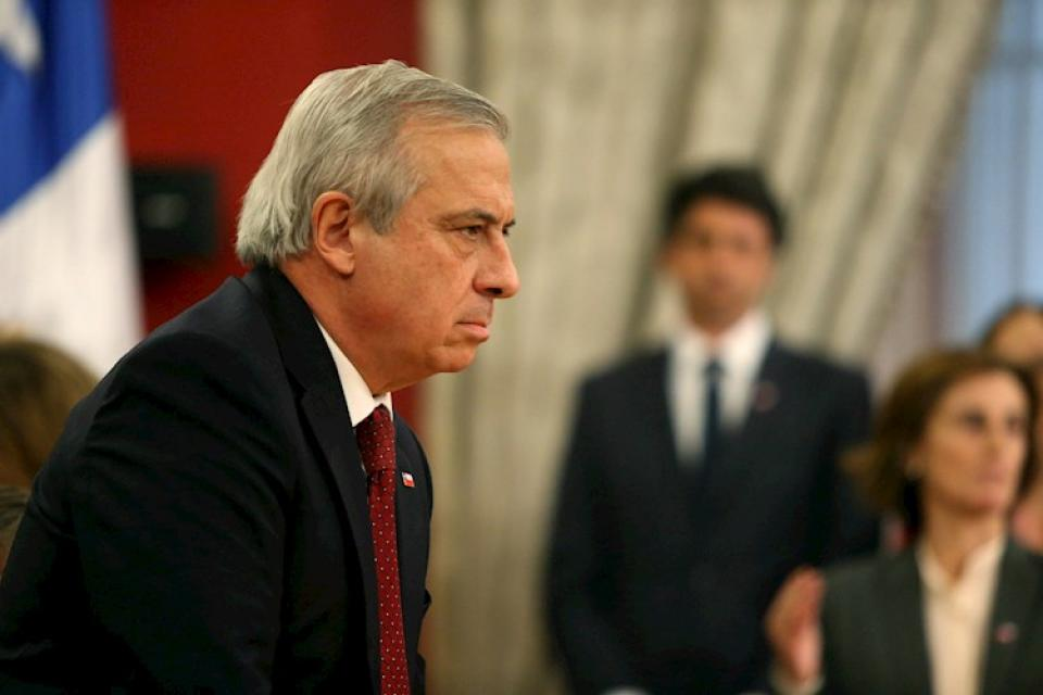 △图为辞职的智利卫生部长马纳利奇