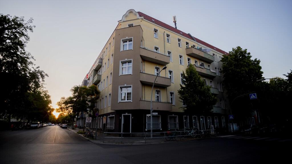 德国首都柏林暴发聚集性感染 369户家庭遭隔离
