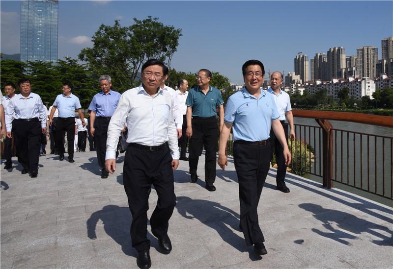 [杏悦]林铎率甘肃党政代表团在福州考杏悦察图片
