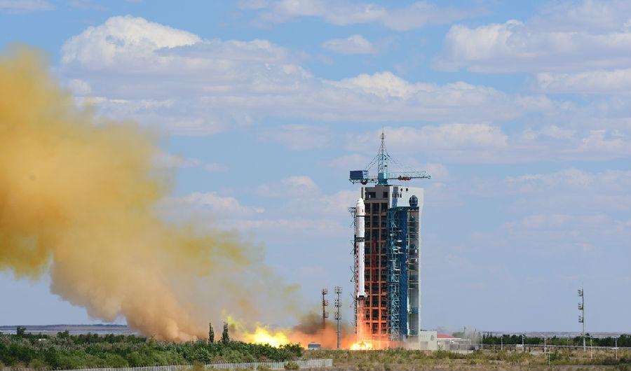 摩天注册载火箭成功实施一摩天注册箭三图片