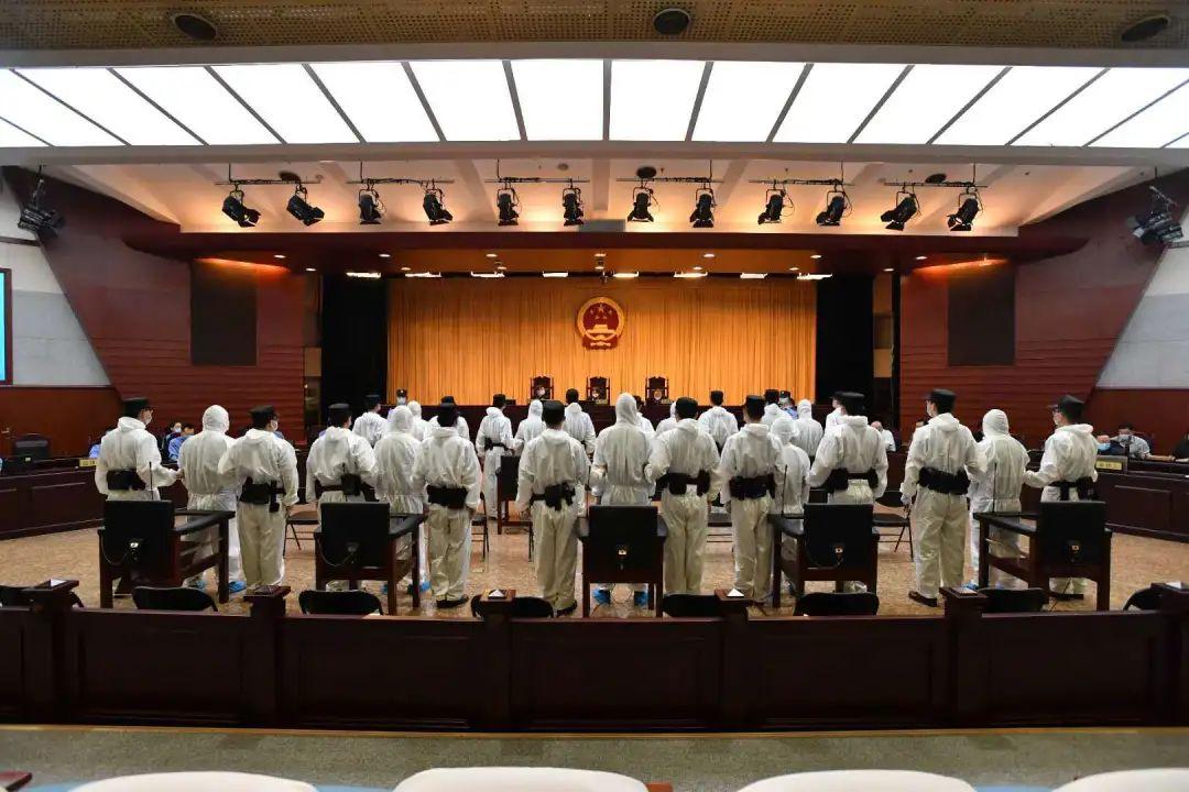 北京房山刘建军团伙涉嫌黑社会性质组织犯罪案开庭审理图片
