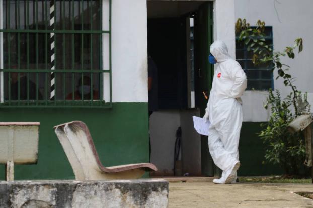 巴西新增确诊病例逾2.2万例,累计确诊超97.8万例。(图源:美联社)