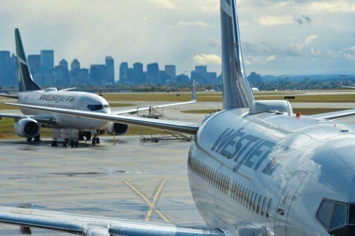 加拿大乘客乘机不戴口罩还吸烟 致使飞机紧急迫降
