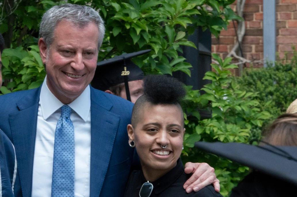 纽约市长父女 图片来源:纽约邮报